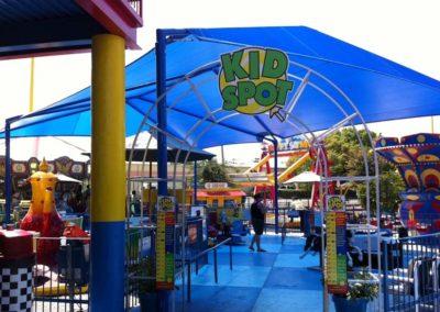 amusement-park-hip-roof-mega-shade-2-min